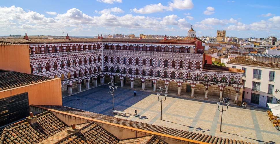 Visitas Guiadas a la Plaza Alta de Badajoz. Español, portugués e inglés. Antonio Carrasco Guía Oficial de Turismo.