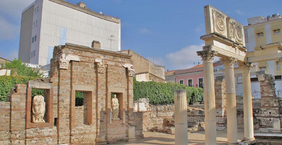 Vista Guiada al Foro romano de Mérida con Antonio Carrasco. AC Turismo