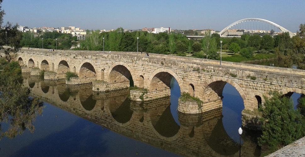 Visita Guiada al Puente Romano de Mérida con Antonio Carrasco. AC Turismo